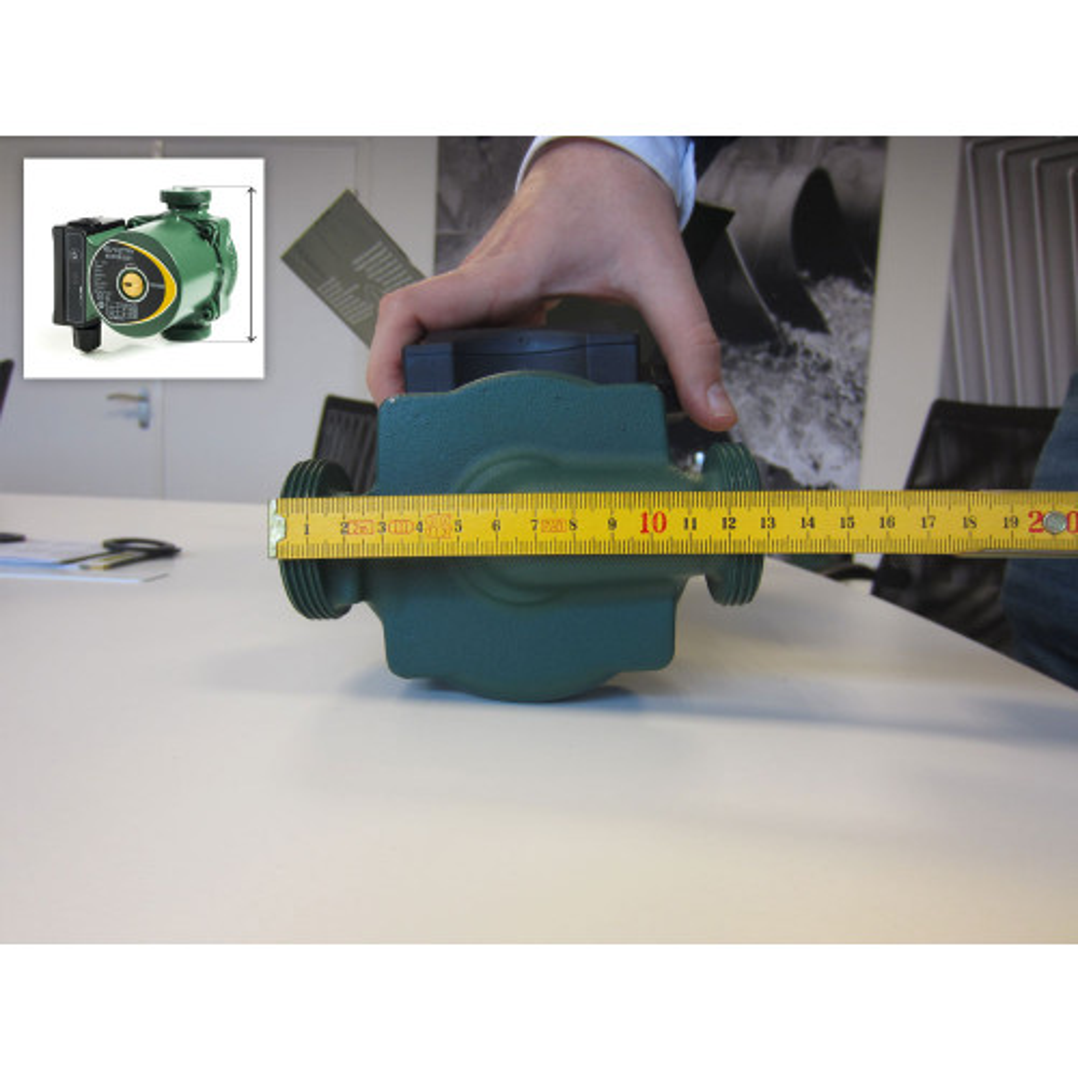 Entraxe: 13 cm / 130 mm
