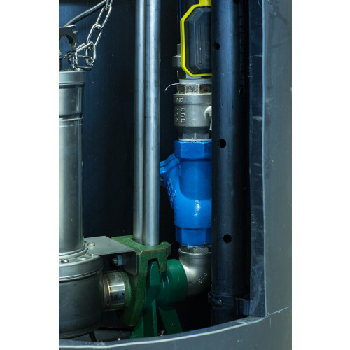 PEHD 814/1400 Station de relevage - 725 litres